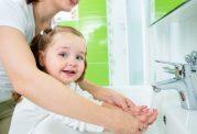اهمیت شستن دست ها برای خردسالان