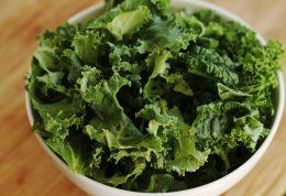 فواید مصرف سبزیجات برگ سبز