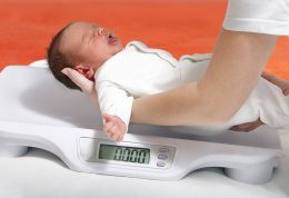 خطر بروز چاقی در کودکان سزارینی