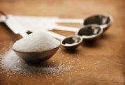 اقداماتی که پس مصرف بیش از حد نمک باید انجام داد