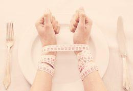 پیامدهای حذف وعده های غذایی برای لاغری