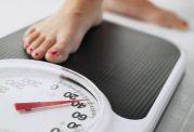 مطالعات نشان می دهد که کم خوردن، بهترین راه برای کاهش وزن نیست