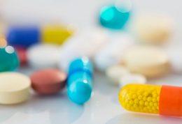 بررسی تاثیر مصرف دارو های افسردگی بر روند درمان این بیماری