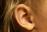 تغذیه نامناسب و ایجاد مشکلات شنوایی