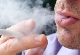 عادت کشیدن سیگار