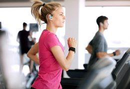 با گوش دادن به موسیقی بهتر ورزش کنید