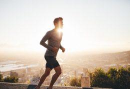 با تغذیه مناسب و ورزش به جنگ پوکی استخوان بروید