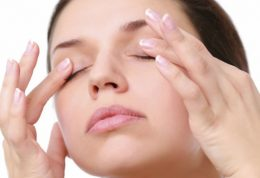 علائم عفونت و خشکی چشم