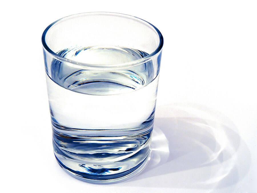 آیا آب گازدار سالم تر از آب معمولی است؟