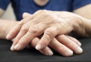 ۱۰ عادت خوب که در مبتلایان به آرتریت روماتویید کمک کننده است