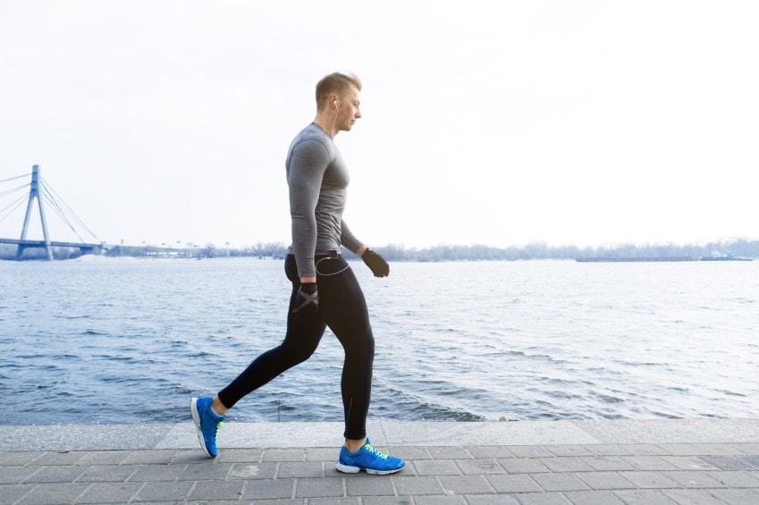 تقویت عضلات کمر با این تمرینات ورزشی ساده