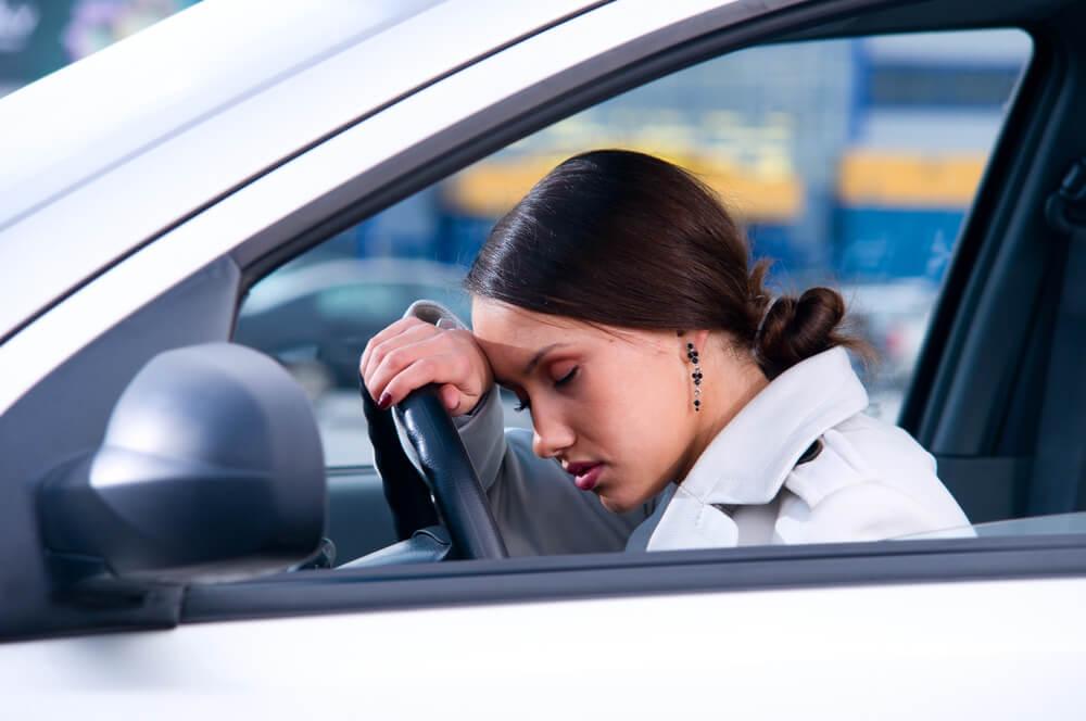 مبارزه با خستگی و خواب آلودگی در هنگام رانندگی