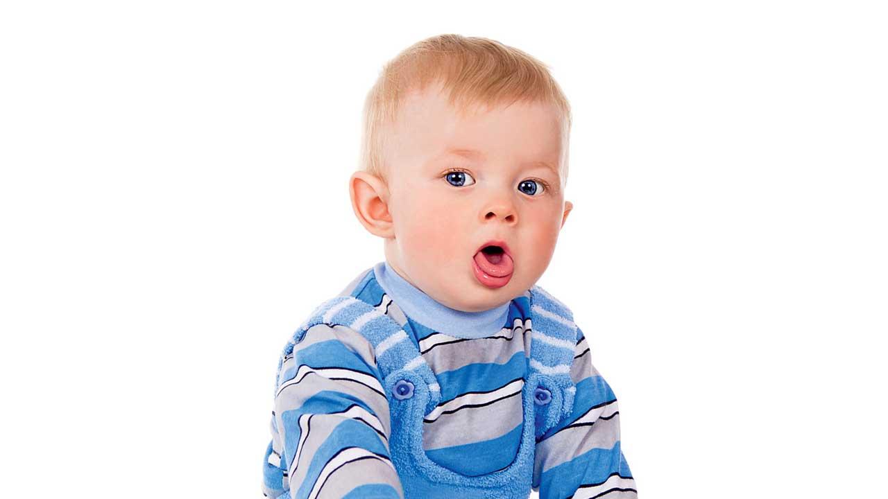 سرفه کردن نوزادان