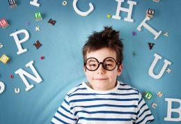 مراحل فراگیری زبان کودک و بررسی اختلالات گفتاری در کودکان