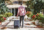 چرا تنهایی سفر کردن برای سلامتمان مفید است؟