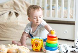 رشد کودک 18 ماهه + راهنمای کامل