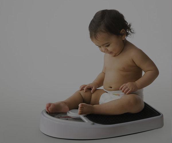 قد و وزن کودک؛ نمودار رشد و جدول قد و وزن کودک دختر