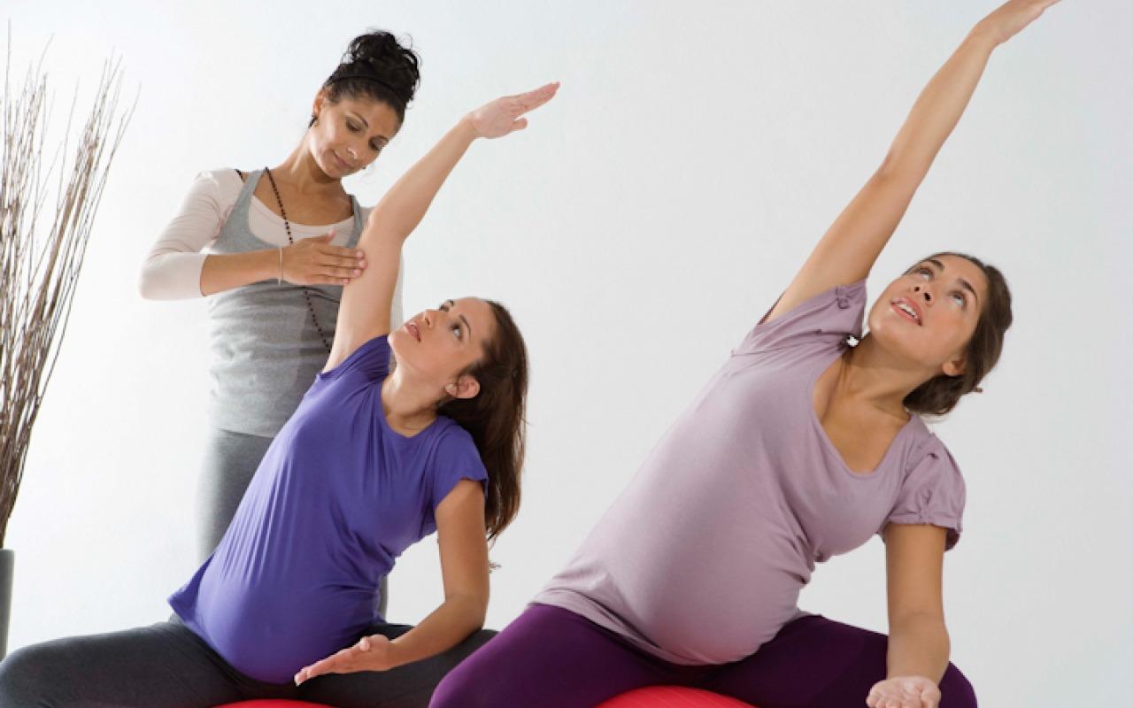 ورزش در بارداری؛ فواید، عوارض و ورزش های مناسب دوران بارداری