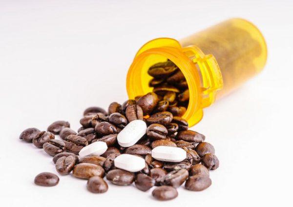 قرص کافئین؛ تفاوت قرص کافئین و قهوه + فواید و عوارض آن
