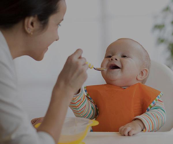 تغذیه کودک 6 تا 12 ماهه + برنامه غذایی