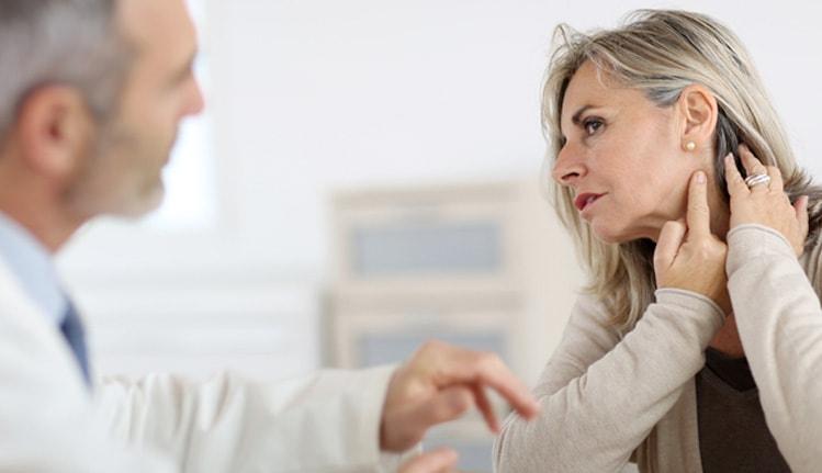 وزوز گوش؛9 درمان طبیعی برای درمان وزوز گوش