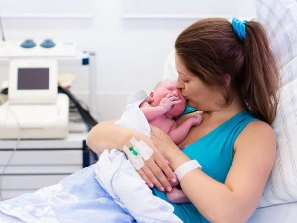فتق ناف پس از بارداری