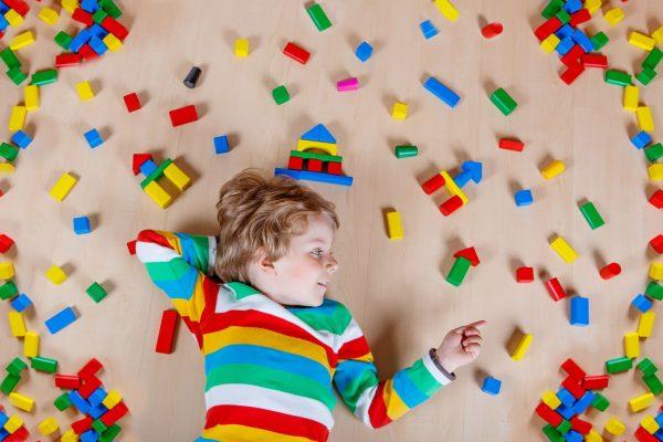 12 نکته مهم پیرامون رفتار با کودکان مبتلا به اوتیسم