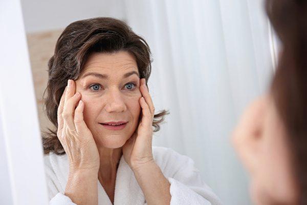 لکه های هموسیدرین؛ علل، خطرات و درمان لکه های هموسیدرین