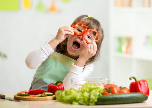 مواد غذایی خوشمزه برای میان وعده کودکان