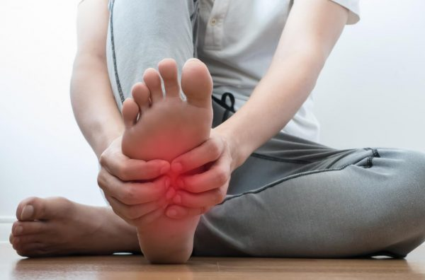 آسیب رسیدن به پاها
