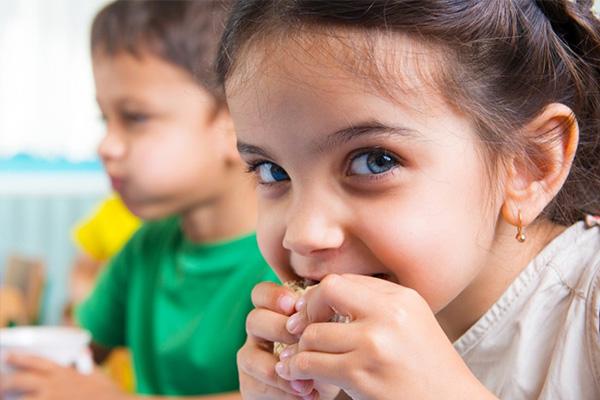 انتخاب ویتامین های مورد نیاز کودکان و میزان آن