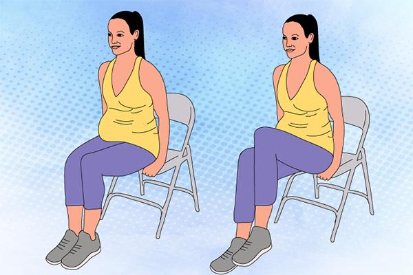 تمرینات ورزشی شکمی - بلندکردن زانو در حالت نشسته