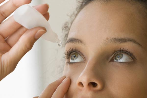 درمان چشم صورتی با استفاده از داروهای مسکن