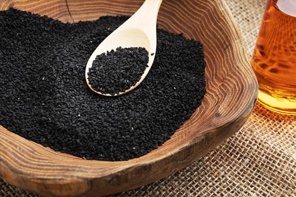 روغن سیاه دانه برای پوست