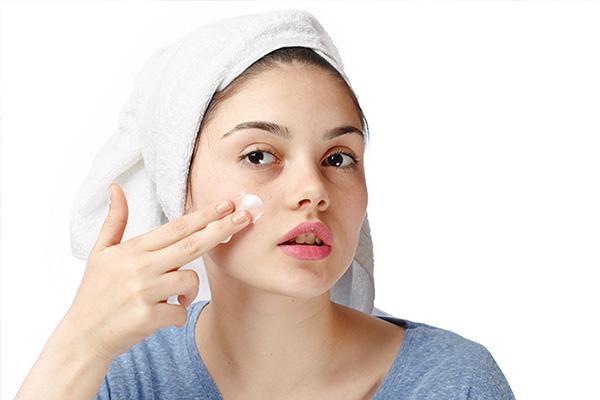 10 نکته مهم مراقبت از پوست برای نوجوانان