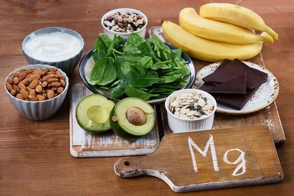 ویتامین ها و مواد مغذی برای سلامت ناخن ها - منیزیم
