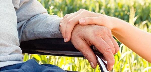10 روش برای درمان طبیعی بیماری پارکینسون