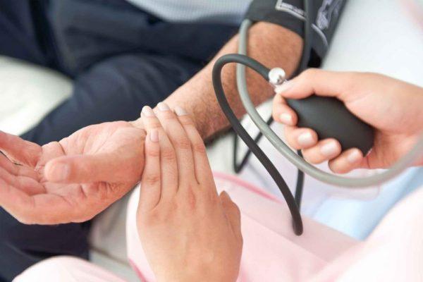 بیماری کبد چرب چیست؟ علائم، تشخیص و درمان
