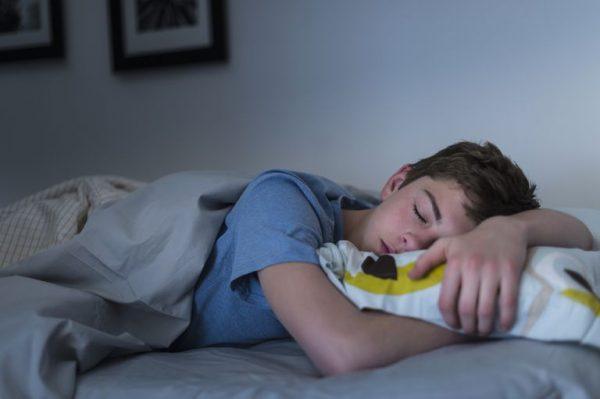 اختلالات خواب در نوجوانان