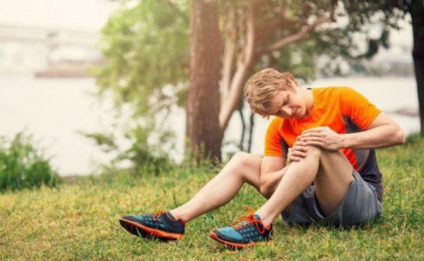 زانو درد؛ 7 دلیل رایج زانو درد و عوامل ایجاد کننده آنها