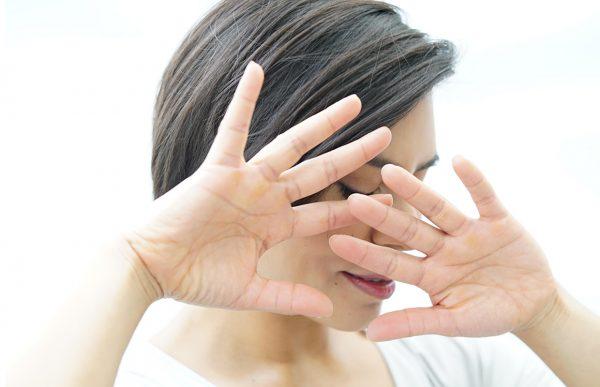 پوست چروکیده و درمان های طبیعی و حرفه ای آن