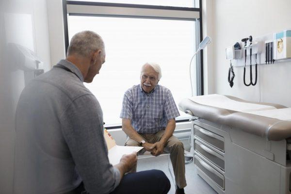 سرطان روده بزرگ در مردان