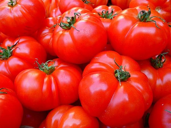 رب گوجه فرنگی برای تامین آهن