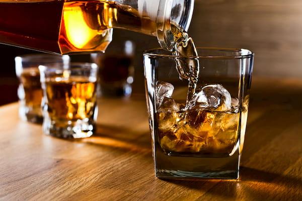 الکل چه مدت زمانی در بدن باقی می ماند؟ + راهنمایی کامل