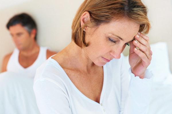 کاهش میل جنسی در همسران به همراه علل آن