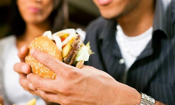 10 غذای مضر برای کبد چرب را بشناسید!