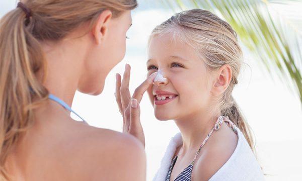 کرم های ضدآفتاب و محافظت از پوست در برابر نور خورشید