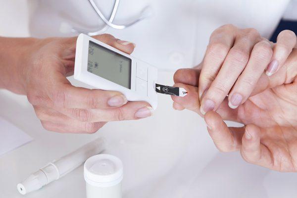 کنترل دیابت؛ ۱۰ تمرین ورزشی و رژیم غذایی برای کنترل دیابت