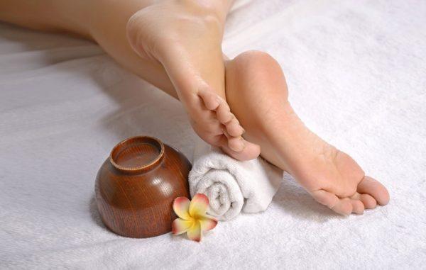 درد پای دیابتی؛ علت، علائم، تشخیص و درماندرد پای دیابتی