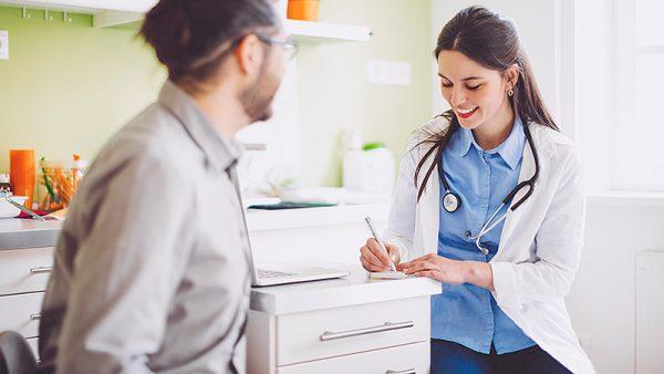 بیماری آدیسون چیست؟ علائم، علل، تشخیص و درمان